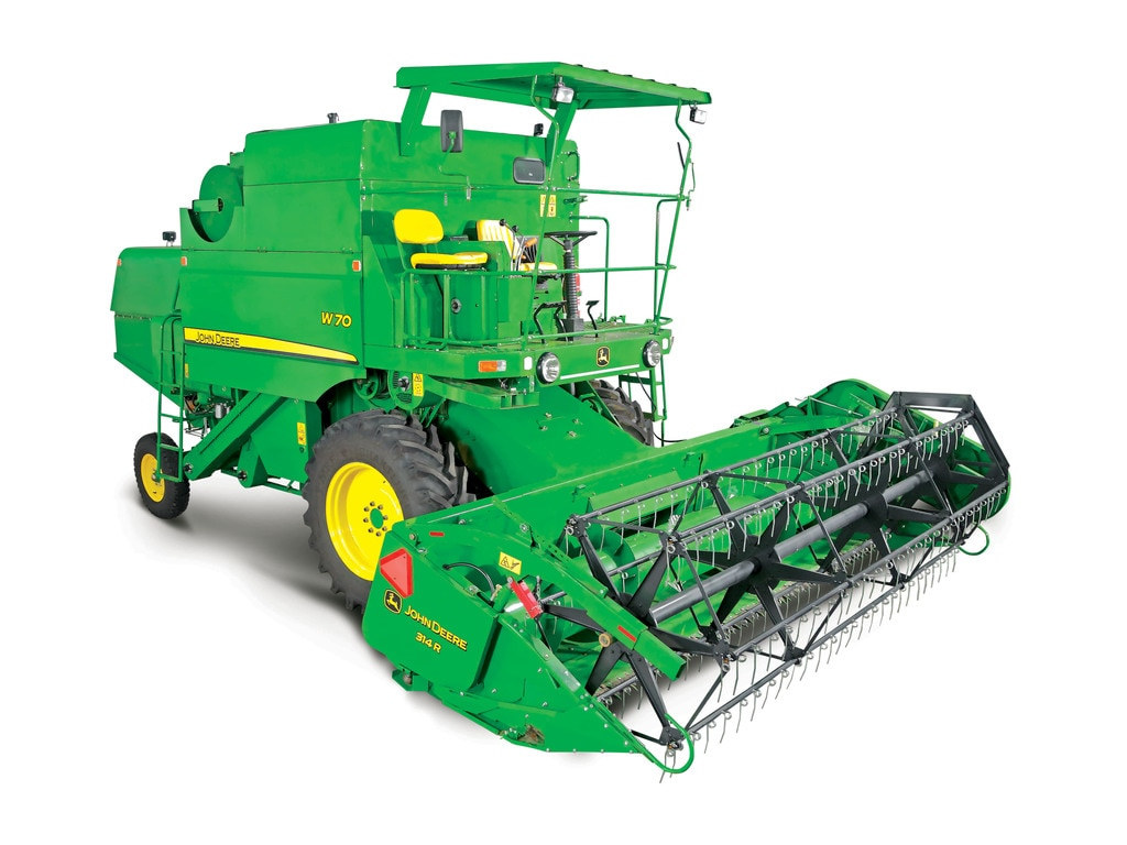W70 Combine Harvester Grain Harvesting John Deere In